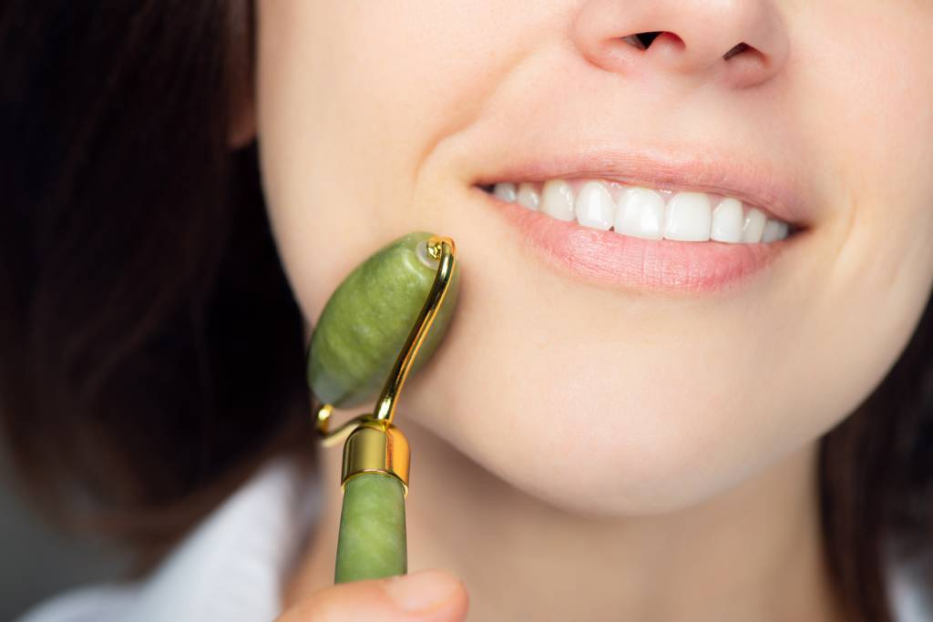 soin anti-rides rouleau de jade