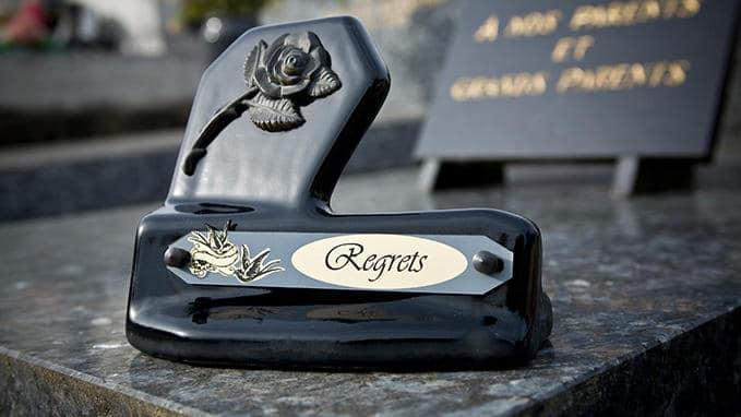 plaques-funeraire
